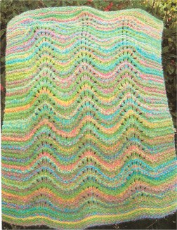 Muench Yarn Patterns - Feather & Fan Blanket (Big Baby) Pattern