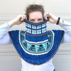 merryClusters Patterns - Police Box Cowl - PDF DOWNLOAD Pattern