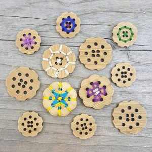 Katrinkles Bamboo Buttons - Flower - 3/4""