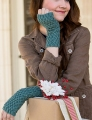 Fyberspates Scrumptious Sport 4-Ply Medallion Mitts Kit