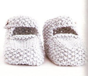 Rowan Wool Cotton Dainty Booties Kit - Baby and Kids Accessories