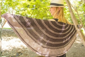 Baah Yarn La Jolla Claire De Lune Shawl Kit - Scarf and Shawls