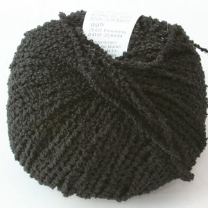 GGH Domino Yarn - 01 - Black on Black