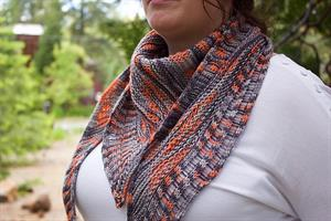 Lorna's Laces Sportmate Cell Block Shawlette Kit - Scarf and Shawls