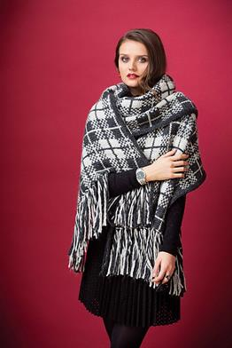 Rowan Cocoon Plaid Fringed Wrap Kit - Scarf and Shawls