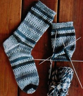 Knitting Pure And Simple 242 Beginners Mid Weight Sock Kit Socks