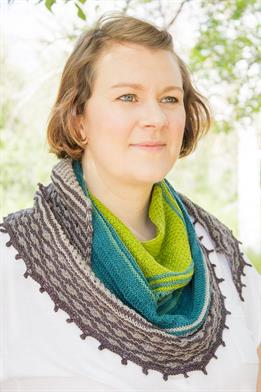 Lorna's Laces String Quintet Queen of Thorns Shawl Kit - Scarf and Shawls