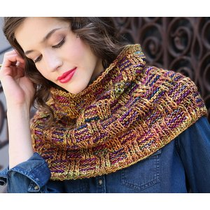 Malabrigo Mecha Washington Square Cowl Kit - Scarf and Shawls