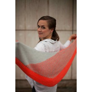 Baah Yarn La Jolla Flyway Twist Shawl Kit - Scarf and Shawls