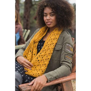 Cascade Cloud Crocheted Moon Ridge Cowl Kit - Scarf and Shawls