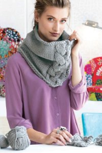 Cascade 220 Superwash Aran Knit Cabled Cowl Kit - Scarf and Shawls