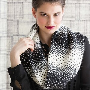 Cascade Highland Duo Pixelation Cowl Kit - Scarf and Shawls