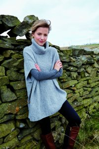 Rowan Valley Tweed Wold Poncho Kit - Women's Pullovers