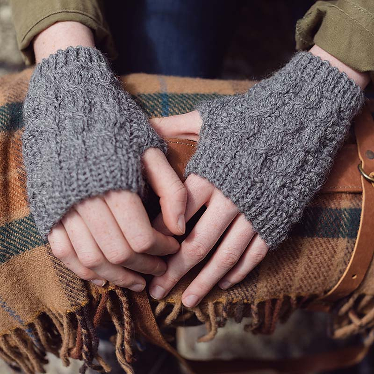 Rowan Valley Tweed Bristlecone Mitts